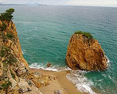 La Playa de L'Illa Roja (Girona)
