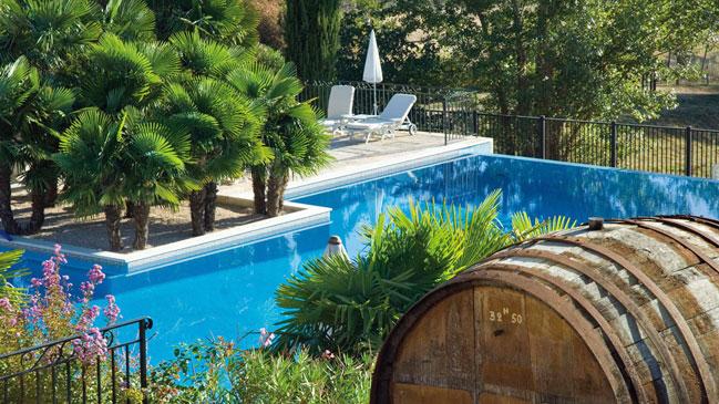 Hoteles con denominaci n de origen hoteles ocholeguas for Hoteles con piscina en la rioja