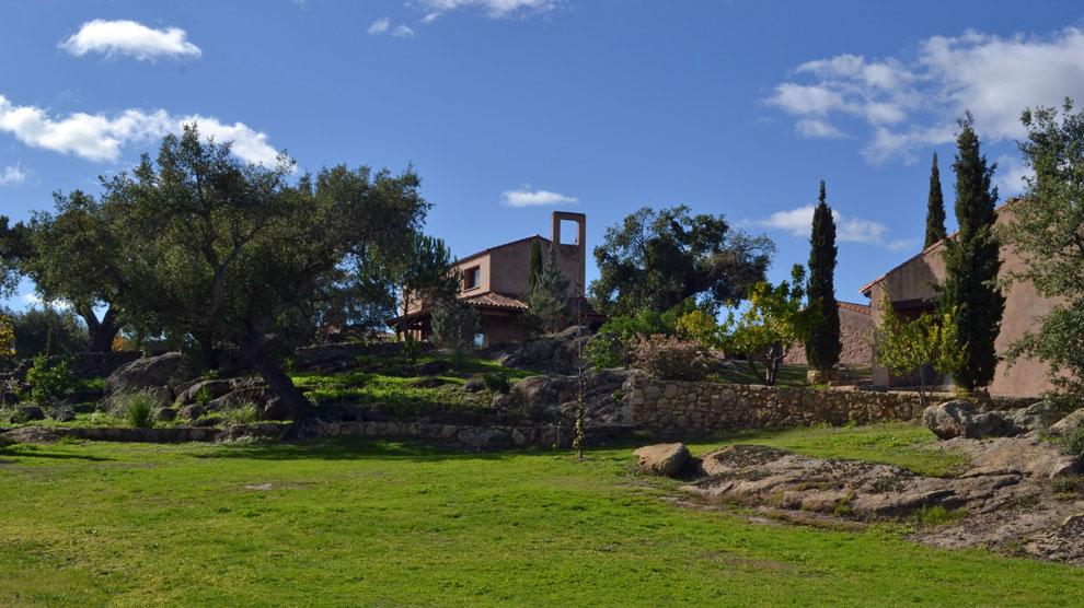 Remanso de paz en la dehesa cacere a hoteles for Hoteles en valencia de alcantara