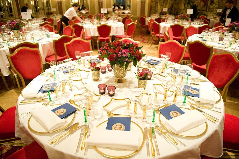 El Nobel de la Paz se celebra con una cena de gala en el Sal�n de Espejos del Grand Hotel de Oslo (Noruega).