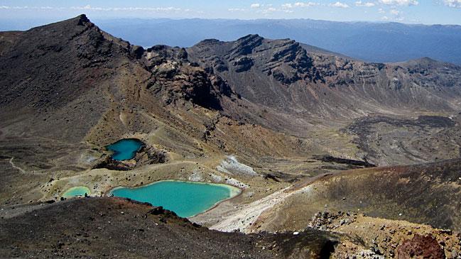 Vista del lago Esmeralda desde el Cr�ter Rojo.