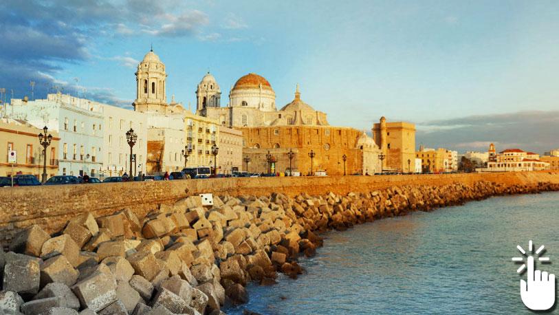 Pinche sobre la imagen para desplegar la panorámica completa y acceder a otras imágenes en 360 grados de Cádiz.