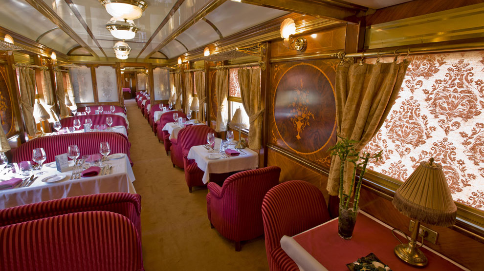 <em>Al Andalus</em>, uno de los trenes turísticos más espaciosos y lujosos del mundo.