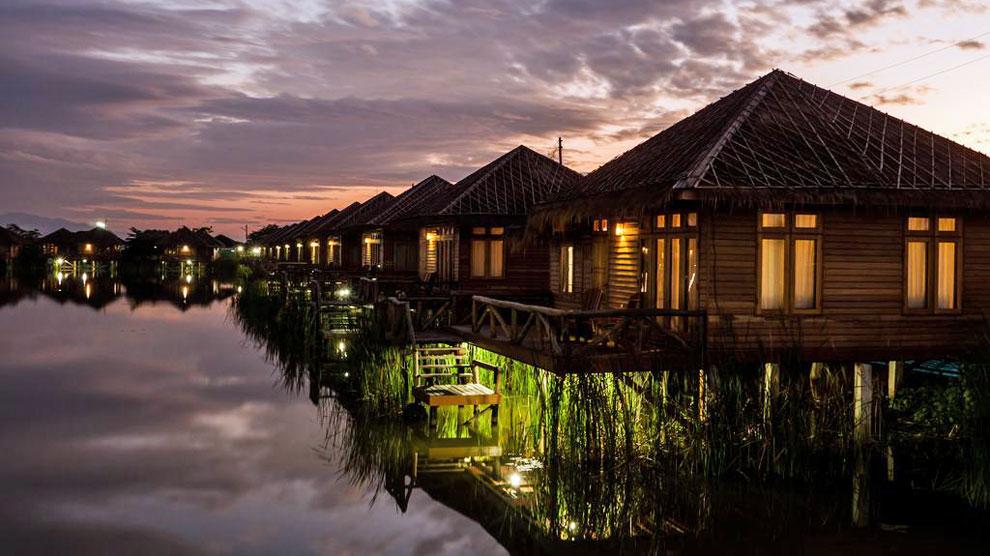 Un resort de lujo en birmania casi para ti solo for Cabanas en el agua bali